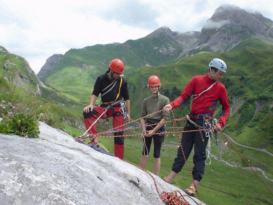 Kletterausrüstung Dav : Klettern für familien in den lechtaler alpen dav summit club